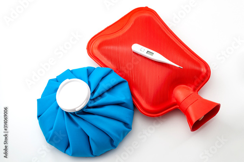 Photo Influenza or flu traditional remedies conceptual idea with blue ice pack, red ru