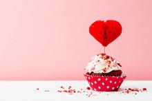 Valentines Day Dessert On A Pi...