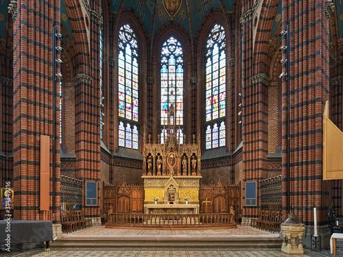 Obraz na plátně  Choir and altar of St