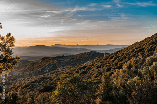 Fotografía Sunset from the summit of Pic Saint-Loup near Montpellier