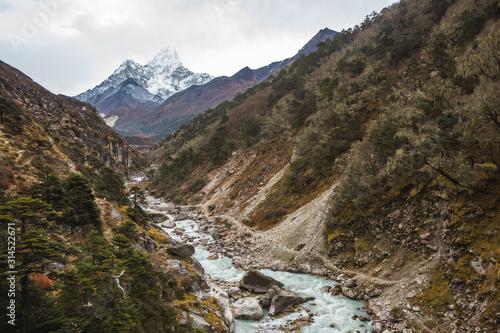 фотография Bhote river and Ama Dablam mount. Nepal