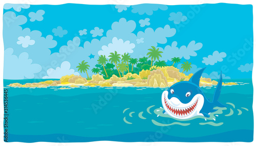 Photo Funny great white shark insidiously smiling and swimming in blue water of a trop