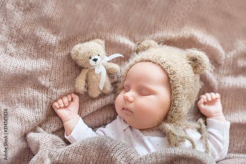 Fotomural 20 day old newborn baby is sleeping