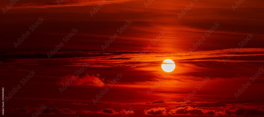 Fototapeta Beautiful sky. red sunlight lighting the clouds softly