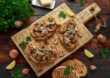 Grilled Mushroom Toast With Pa...