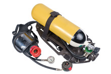 Breathing Air Cylinder Assembly And Full Facepiece Respirator For Firefighters Isolated