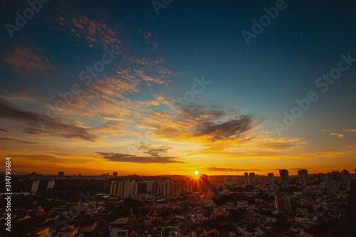 Photo  Sunrise at city of Ribeirao Preto in Brazil