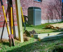 Building New Fence.  Backyard ...