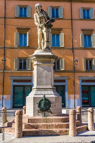 Photographie  Statue of Luigi Galvani in Bologna, Italy