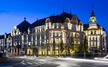 Illuminated Hotel In Oradea, R...