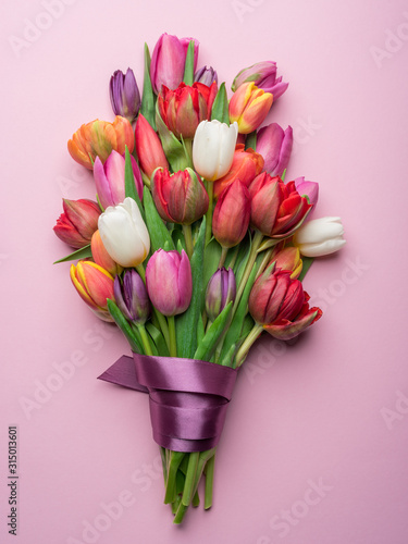 Obraz Colorful bouquet of tulips on white background. - fototapety do salonu