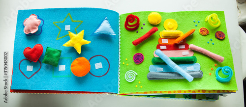 Photo libro quiet book per bambini