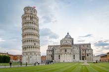 Calm Evening At Pisa Touristic...