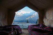 Yurt With Scenic Mountain View, Jaikuni, Indian Himalayan Foothills