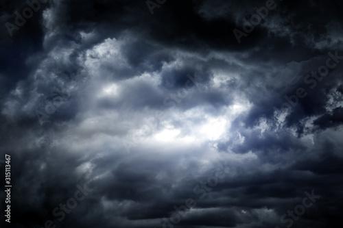 Obraz na plátně Dramatic Clouds Background