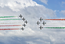 Italian Air Force Aerobatic De...