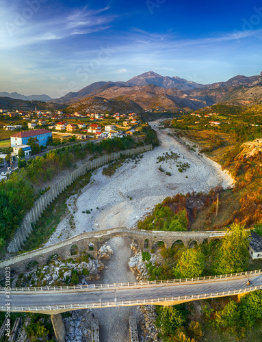 Photo The Old Mes Bridge in Shkoder at sunset, Albania