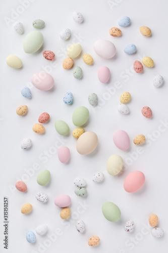 Obraz Easter composition on white backgrount - fototapety do salonu