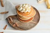 Fototapeta Kawa jest smaczna - Plate with stack of tasty pancakes on table