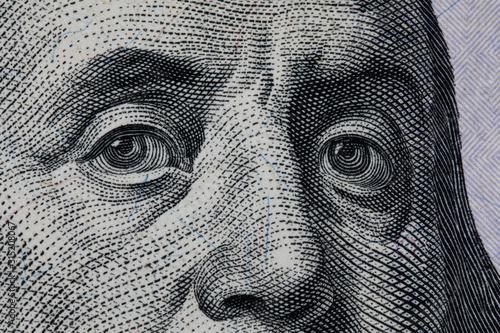Photo Benjamin Franklin's look on a hundred dollar bill