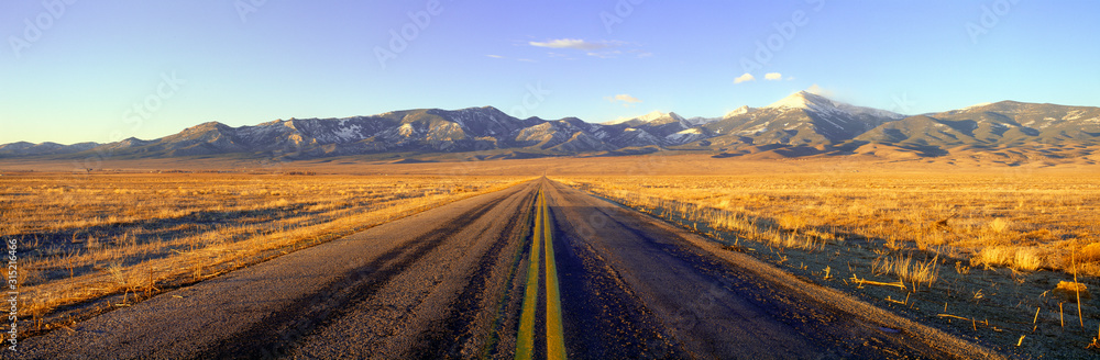 Fototapeta Route 50, Road to Great Basin National Park, Nevada