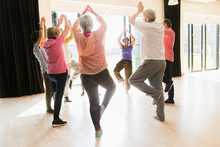 Active Seniors Exercising, Pra...