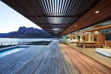 Modern Luxury Wood Patio With ...
