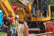 Construction Foreman Guiding P...