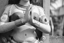 Rustic Statue Of Beautiful Ind...