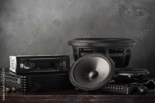 Fotomural car audio, car speakers, subwoofer and accessories for tuning.