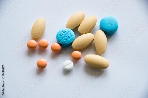 Fototapeta Tabletki różne 1 obraz