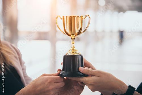Valokuva Champion golden trophy for winner background