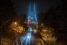 Vancouver, British Columbia, Canada. 14/01/2020 Lions Gate Bridge Vancouver At Night Snowing