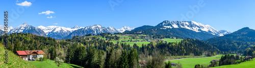 Eindrucksvolle Ausblicke ins die Allgäuer Alpen nahe Oberstdorf Canvas Print