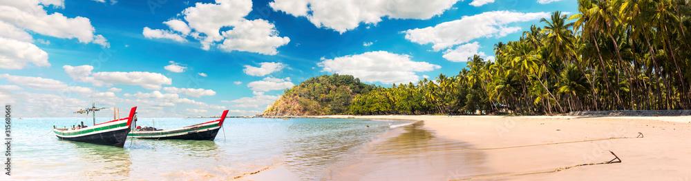 Obraz Ngapali Beach panorama in Myanmar fototapeta, plakat