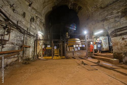 Photo Underground gold bauxite mine shaft tunnel cage
