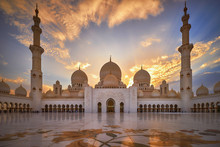 Sheikh Zayed Grand Mosque At S...