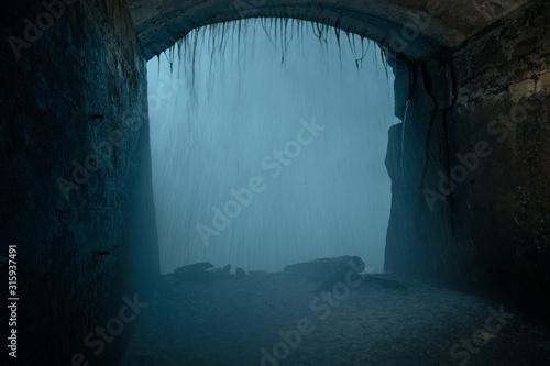 Foto Las cataratas desde una ventana del túnel interior