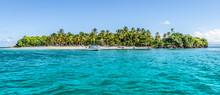 Cayo Levantado, Samana Bay, Do...
