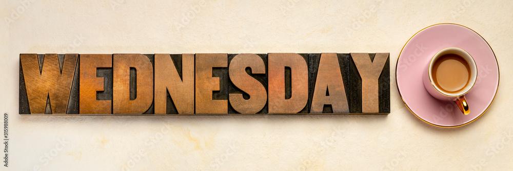 Typografia słów środa <span>plik: #315988009 | autor: MarekPhotoDesign.com</span>