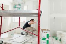 Tradesman Plastering Drywall W...