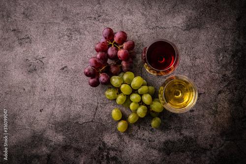 Fototapeta 2杯のワインと葡萄 obraz