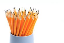 Circle Of Pencils - Pencil Hol...