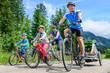 Leinwandbild Motiv Radtour im Rohrmoos im bayrischen Allgäu
