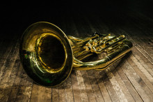 Golden Brass Instrument Tuba L...