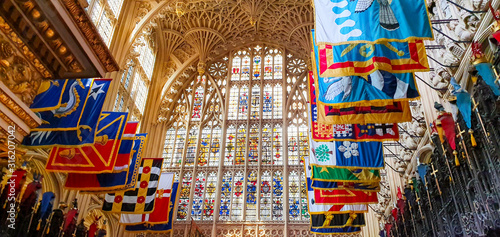 Fotografia Westminster Abbey glass windows and flags