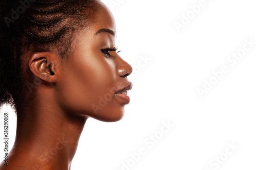 Obraz Profile view of young beautiful African American Women - fototapety do salonu