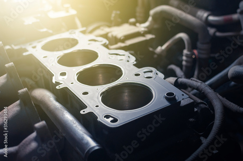 Canvastavla engine repair. cylinder head gasket replacement in the workshop