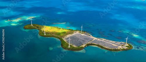 Fotografia Solar farm on Romainville Island