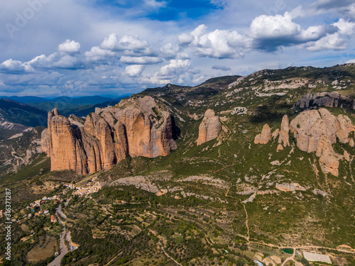 Aerial view of the Mallos de Riglos, a set of conglomerate rock formations in Sp Slika na platnu